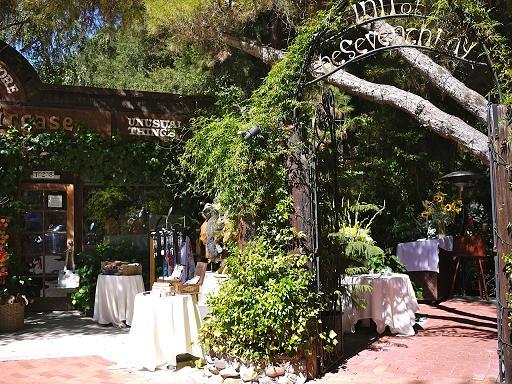 ロサンゼルスの山の中にある癒しのレストラン「Inn of the seventh ray」