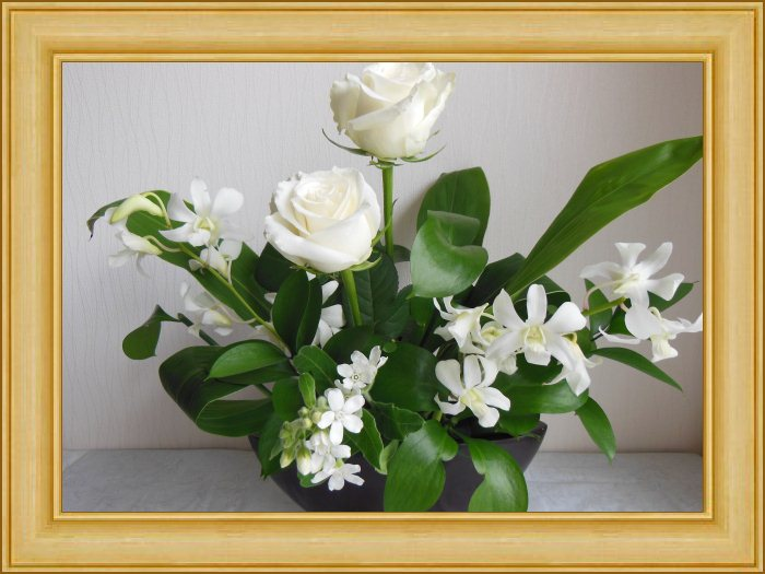 真央ゆうかのアストロロジーフラワーアレンジメント~「花運・花力」今月の誕生月「かに座」~2013年は「花運・花力」で幸運度UP~