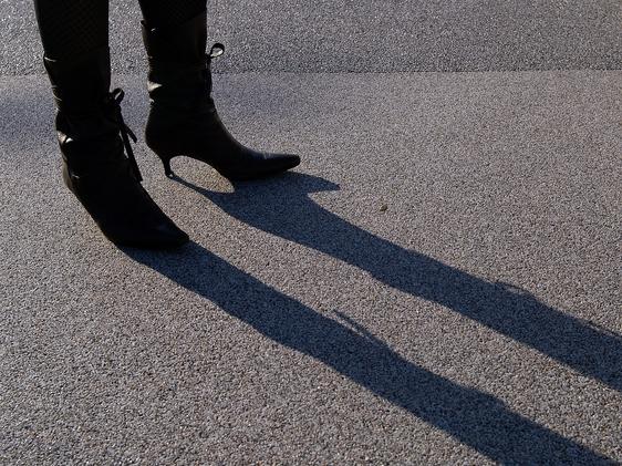 イメージに振り回されていませんか?~現代を生きる女性たちへ「本当の女性らしさとは?」