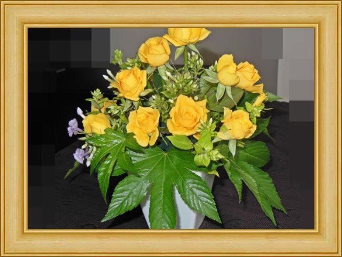 真央ゆうかのアストロロジーフラワーアレンジメント~「花運・花力」今月の誕生月「乙女座」~2013年は「花運・花力」で幸運度UP~