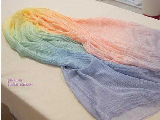 これを着れば誰もがパワーアップできる!!! PART.28虹色ビッグスカーフ(ビビッド)
