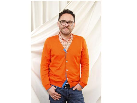 アダム・ジョーンズさんインタビュー「ファッションとスピリチュアルのかけ橋に」~癒しをもたらす革新的ニット~PART.4