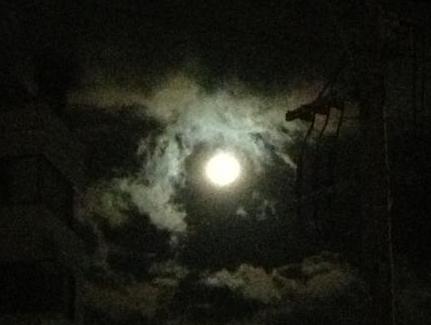 今夜の十三夜はお月見を~月の満ち欠けを楽しもう~