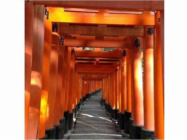京都エネルギースポット・レポート~全国に30,000社あるといわれる「おいなりさん」の総本宮「伏見稲荷大社」~