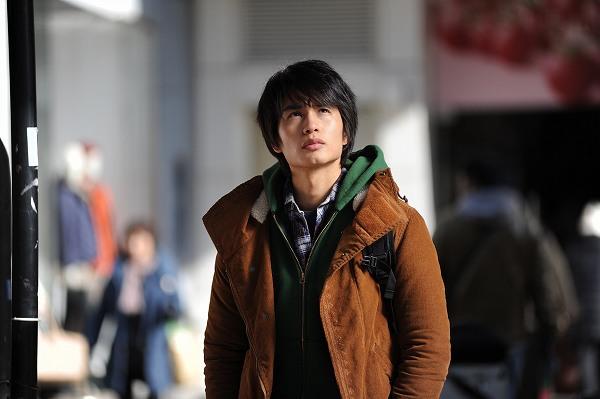 今最も期待される若手俳優の一人「中村蒼」主演~格差社会でもがく若者たちのリアルな姿を描く『東京難民』