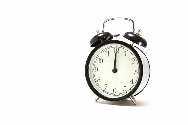 目覚まし時計がなっている~目をつぶってきた自分自身の欲求や希望に目覚め、時代の流れに乗る方法~