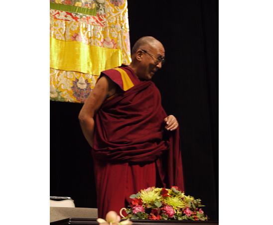 人は皆、幸せな人生をまっとうする権利を持っている。ダライ・ラマ法王講演レポート