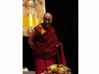 心のなかの不安感、心配、怒り、憎しみの感情を減らすには。ダライ・ラマ法王講演レポート
