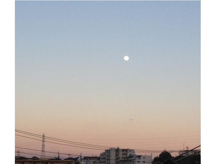 満月のエネルギー~月のエネルギーは、見えない時でも続いています