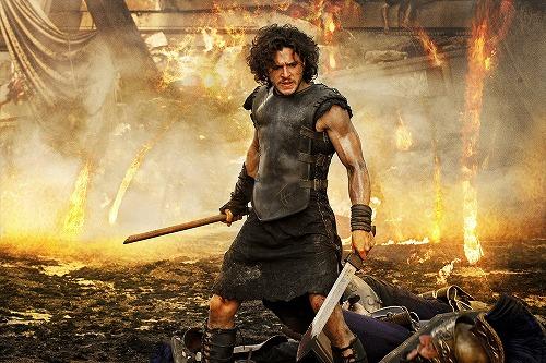 世界の危機に立ち上がった一人の戦士。愛する人を命を懸けて守る!『ポンペイ』