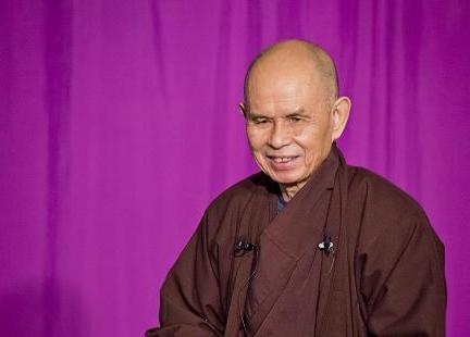 お茶の時間に友達と喜びと幸せを味わう。~ティクナットハン師が教えるお茶の瞑想