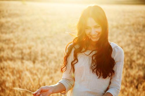 占い師リルの愛され自己啓発~大切なのは幸せオーラ!愛されモテ女性」になれる鍵