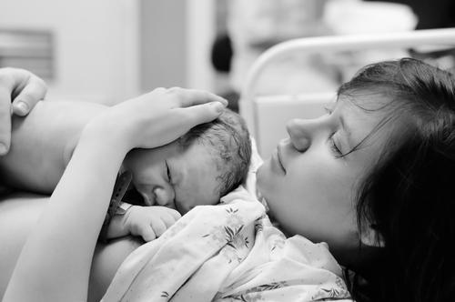 出産 魂の旅立ち<br>~地上の母となる子宮の肉体に魂が宿る時
