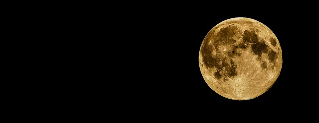 雨でも満月でなくとも、満月のパワーを感じる方法