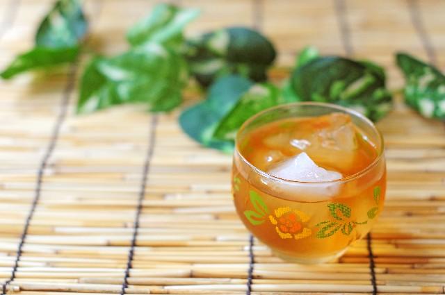 健康で長生きできるお茶。夏らしい飲み方はいかが?