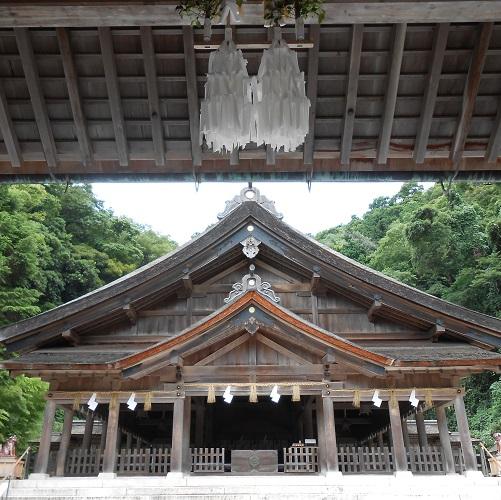 美保神社拝殿正面