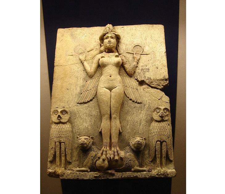 古代の女神は強くたくましく、<br>そしてかわいらしかった。