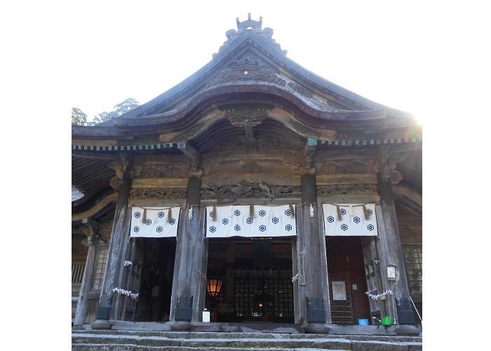 大神山神社拝殿1