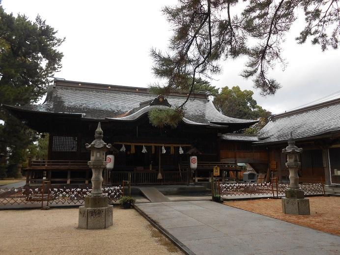 賣布神社拝殿