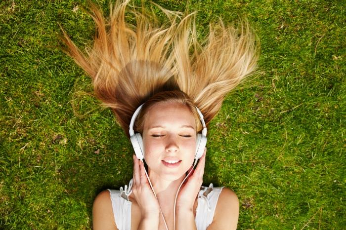 音が脳に快感を呼び覚ますASMRをご存じですか? 〜ASMRオススメ動画付き!!〜
