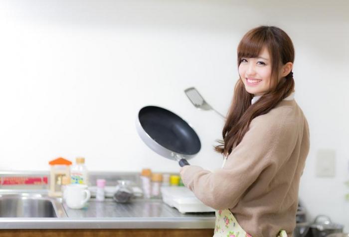 キッチンに立つ前には気分を整えて。嫌々作った料理は心身に悪影響が!