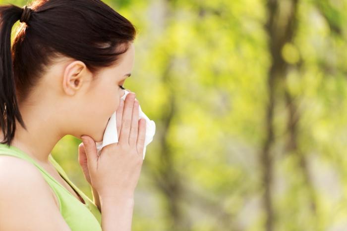 肌荒れの原因は花粉!? ~春の肌荒れ対策~
