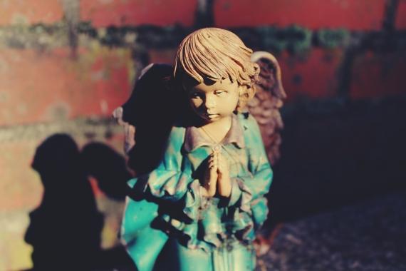 angel-981209_1920