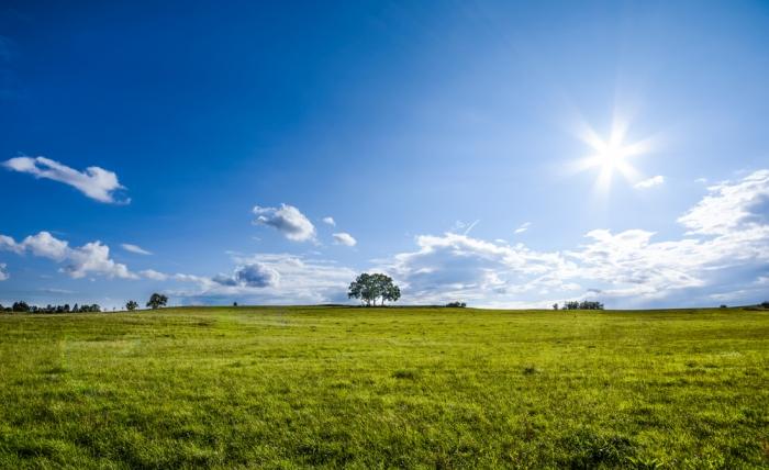 これからの季節、特に気をつけなければいけない紫外線。光老化を防ぐために知っておきたい知識