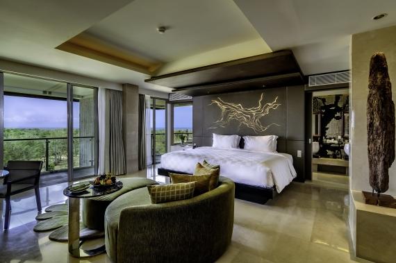 (07:プレミアムビュー スイート) モダンなデザインが特徴のリンバホテルの上層階にあるプレミアムビュースイート。