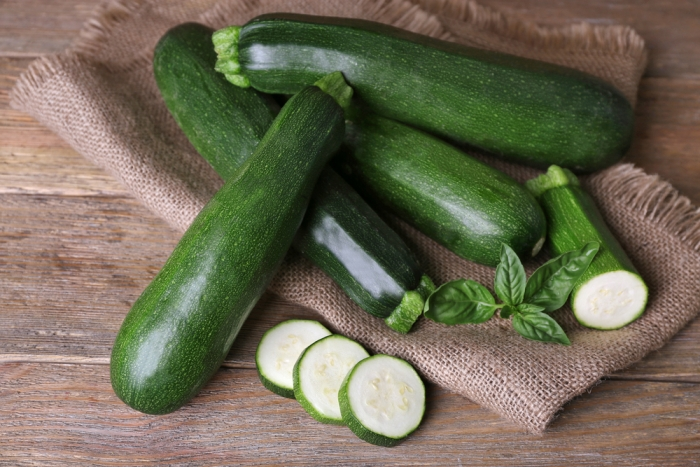 夏野菜の定番! ズッキーニを食べて夏バテ予防!