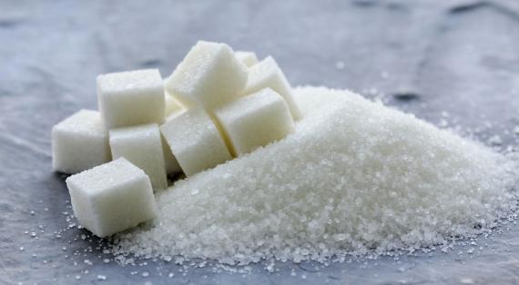 精製砂糖は体の中で攻撃的になる