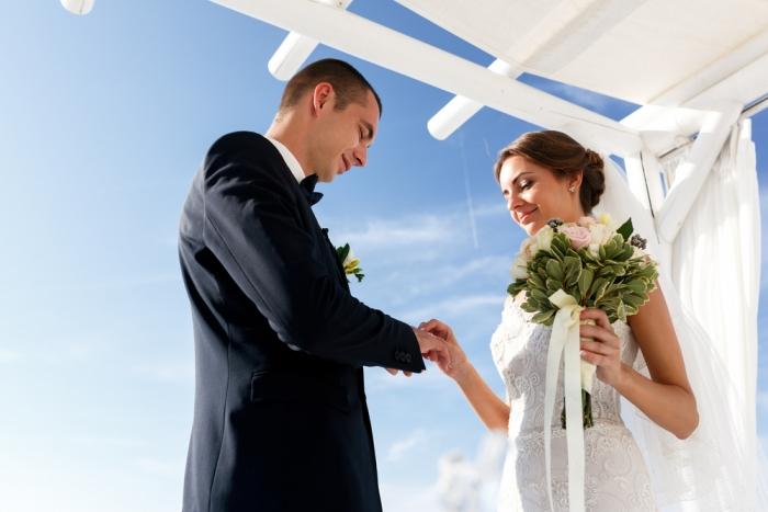 もし、あなたが本当に結婚を望んでいるのに 出来ない現実があるとすれば 過去生の記憶に原因があるかもしれません。