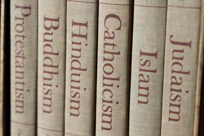 「スピリチュアルって何? 宗教?」と聞かれたらどう答えれば良いのでしょう?