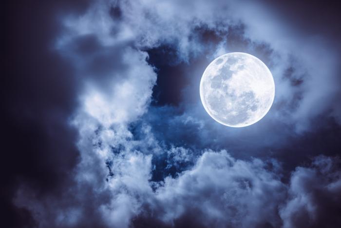 68年振り! 成功を呼ぶ満月<br>~占い師リルの愛され自己啓発