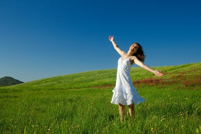 グラウンディングをして地に足をつけて生きよう![PART.1]〜現実的に生きていくために