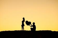 神々の履歴書第10回 人を呪わば穴二つ<br>— 前世の因果で結婚できない人