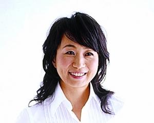 野菜料理の第一人者 カノウユミコさんが伝える、直感とひらめきで作る&幸運を呼ぶ 宇宙レシピ『幸せごはん』とはいかに?